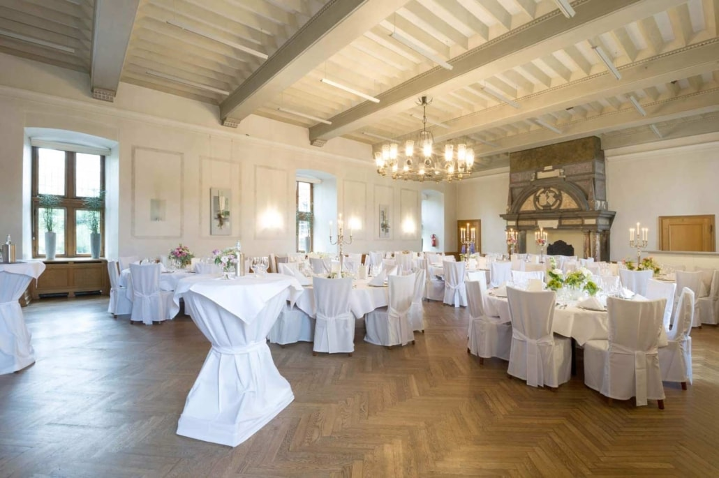 Bestuhlter Rittersaal